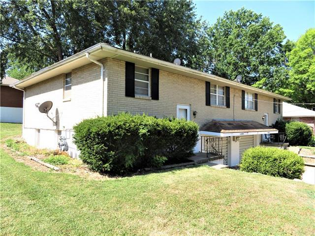 11307 E 20th Street, Independence, MO 64052 (#2116912) :: Edie Waters Network