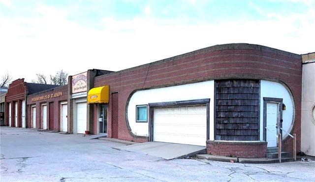 904 S 22nd Street, St Joseph, MO 64507 (#2116947) :: HergGroup Kansas City