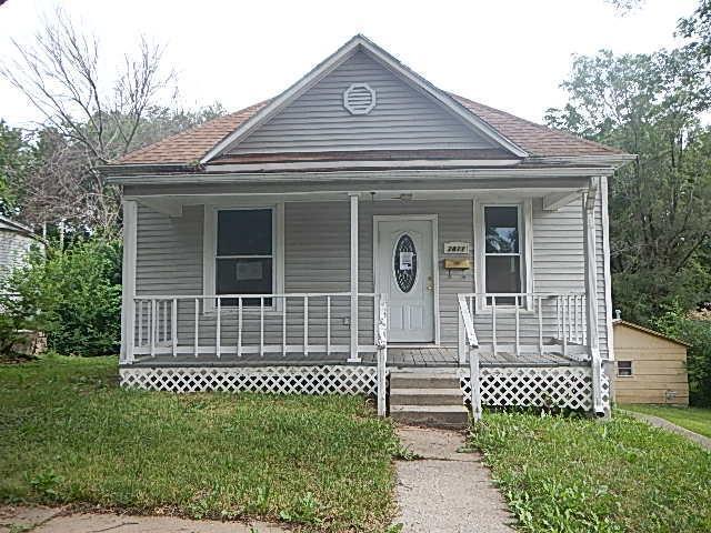2821 Olive Street, St Joseph, MO 64507 (#2116964) :: Edie Waters Network