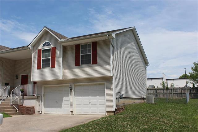 17506 E Susquehanna Drive, Independence, MO 64056 (#2117016) :: Edie Waters Network