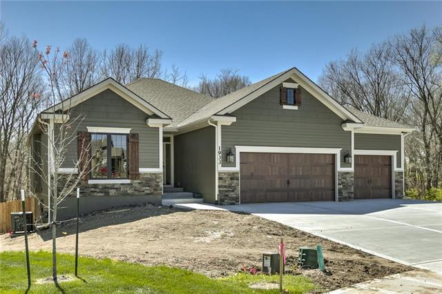 20102 W 220th Terrace, Spring Hill, KS 66083 (#2117048) :: No Borders Real Estate