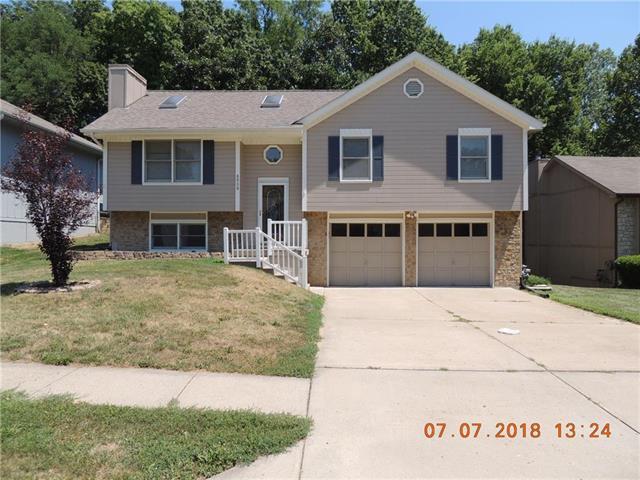 8509 NW 81st Terrace, Kansas City, MO 64152 (#2117069) :: Edie Waters Network