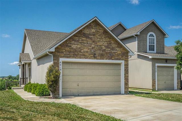 4418 N 106th Terrace, Kansas City, KS 66109 (#2117107) :: Edie Waters Network