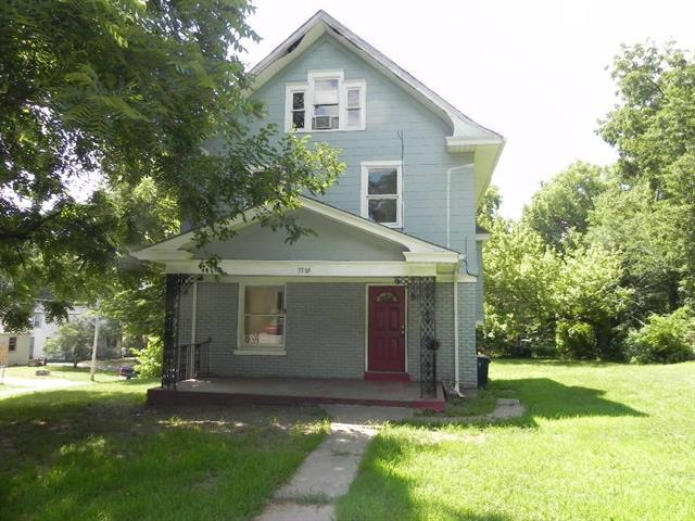 3889 E 62nd Street, Kansas City, MO 64130 (#2117307) :: Edie Waters Network