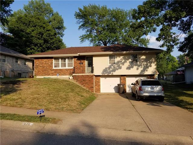 815 Choctaw Drive, Independence, MO 64056 (#2117372) :: Edie Waters Network