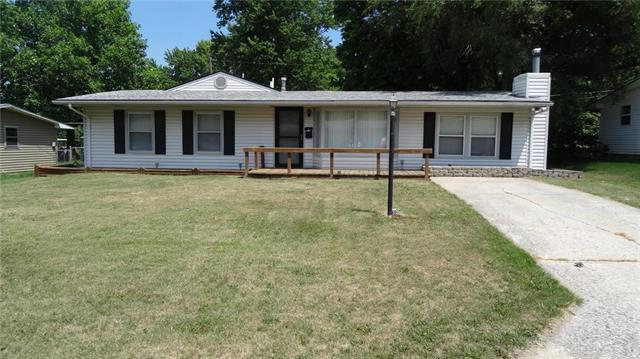 18506 E 5th Street North N/A, Independence, MO 64056 (#2117390) :: Edie Waters Network