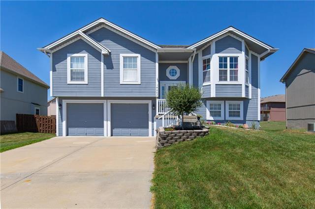 14602 Wicklow Street, Smithville, MO 64089 (#2117508) :: Kansas City Homes