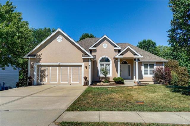 415 Fletcher Drive, Smithville, MO 64089 (#2117535) :: Kansas City Homes
