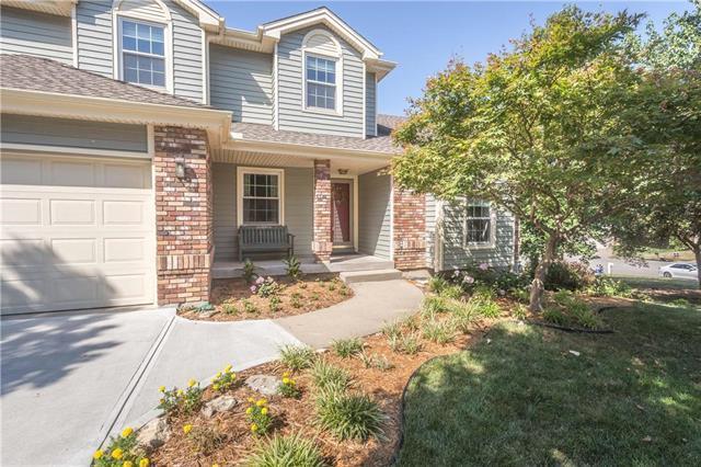 5404 N Walnut Street, Kansas City, MO 64118 (#2117622) :: Dani Beyer Real Estate