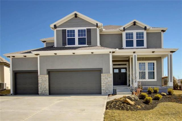 24132 W 97th Terrace, Lenexa, KS 66227 (#2117748) :: The Shannon Lyon Group - ReeceNichols