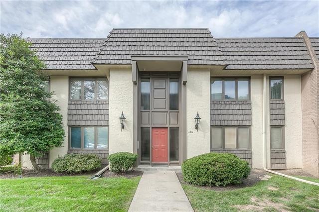 466 W 104th Street D, Kansas City, MO 64114 (#2117804) :: Edie Waters Network