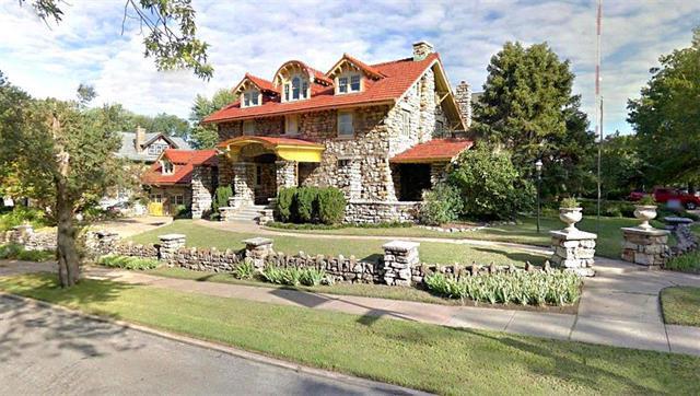 3220 Karnes Boulevard, Kansas City, MO 64111 (#2117808) :: Edie Waters Network