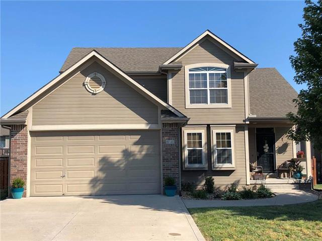 810 NW Mulberry Court, Grain Valley, MO 64029 (#2117836) :: Edie Waters Network