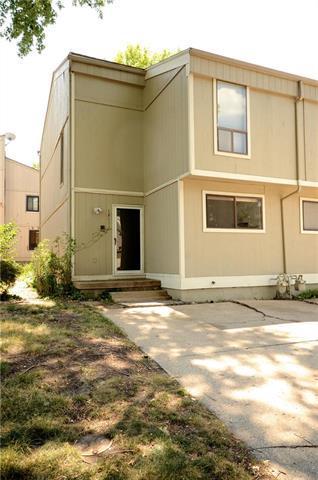12111 W 66th Street, Shawnee, KS 66216 (#2118012) :: Edie Waters Network