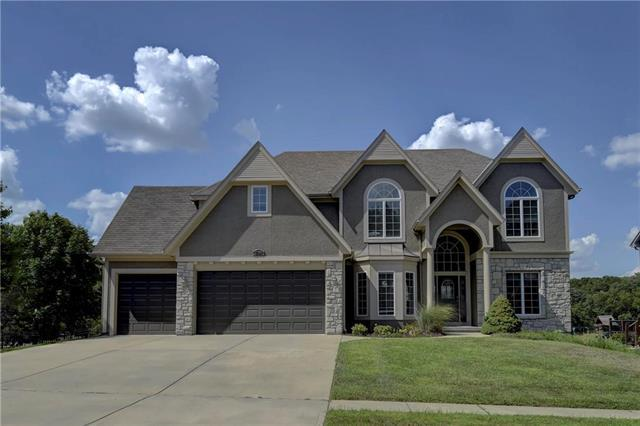 15016 W 74TH Street, Shawnee, KS 66216 (#2118218) :: NestWork Homes