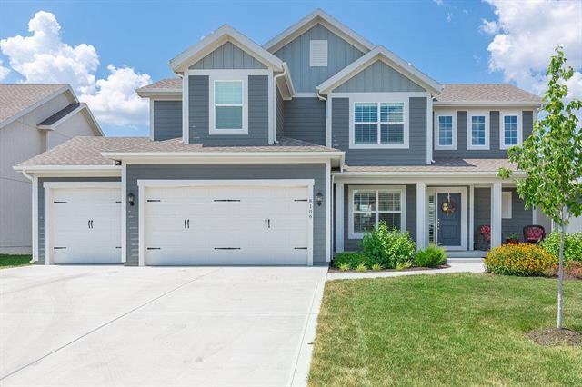 8106 W 166 Court, Overland Park, KS 66085 (#2118339) :: NestWork Homes