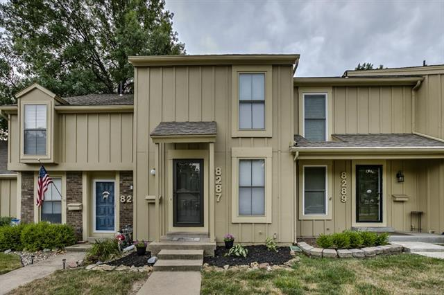 8287 Monrovia Street, Lenexa, KS 66215 (#2118348) :: Char MacCallum Real Estate Group