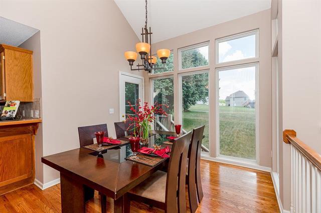 14601 Bristol Drive, Grandview, MO 64030 (#2118366) :: NestWork Homes