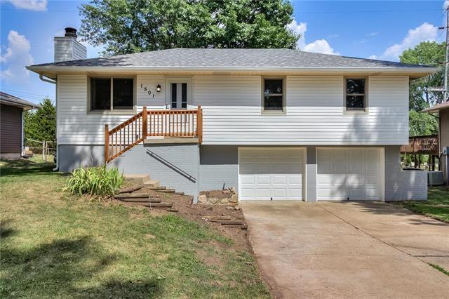 1501 S Ranson Street, Independence, MO 64057 (#2118374) :: Edie Waters Network