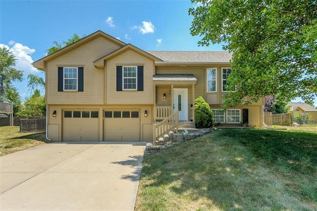 501 S Pelham N/A, Raymore, MO 64083 (#2118388) :: NestWork Homes