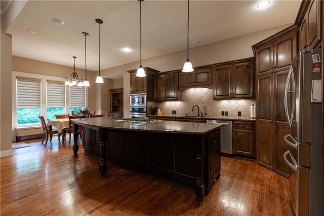 20975 W 114th Place, Olathe, KS 66061 (#2118393) :: NestWork Homes