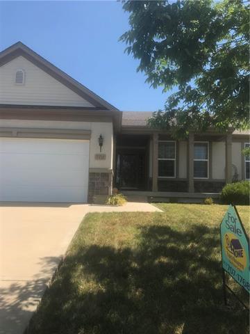 7711 N Elmwood Avenue, Kansas City, MO 64119 (#2118404) :: NestWork Homes