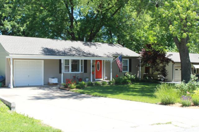 7101 Outlook Street, Overland Park, KS 66204 (#2118446) :: NestWork Homes