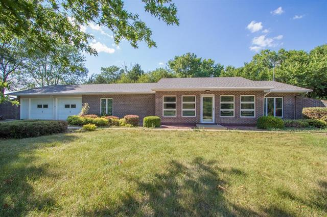 23041 Bedford Road, Spring Hill, KS 66083 (#2118454) :: Char MacCallum Real Estate Group
