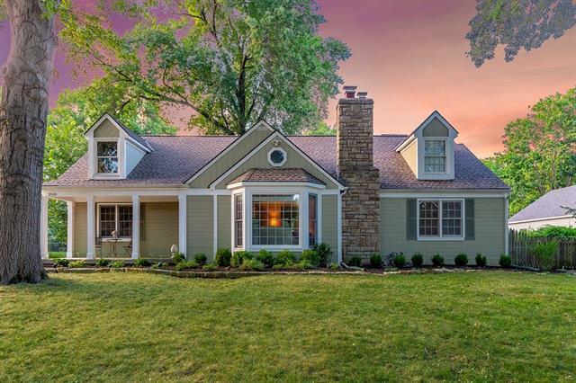 2516 W 90th Street, Leawood, KS 66206 (#2118460) :: Kansas City Homes