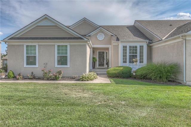 22551 W 112th Street, Olathe, KS 66061 (#2118479) :: NestWork Homes