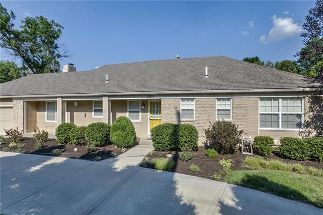 9005 Mission Road, Leawood, KS 66206 (#2118486) :: Kansas City Homes