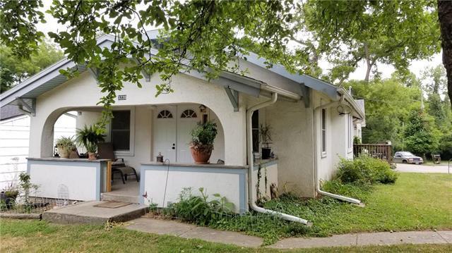3220 NE Excelsior Street, Avondale, MO 64117 (#2118490) :: Kansas City Homes