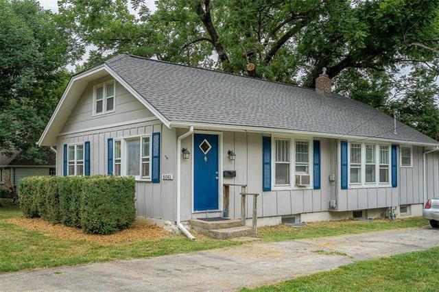 6041 Monrovia Street, Shawnee, KS 66216 (#2118534) :: Char MacCallum Real Estate Group