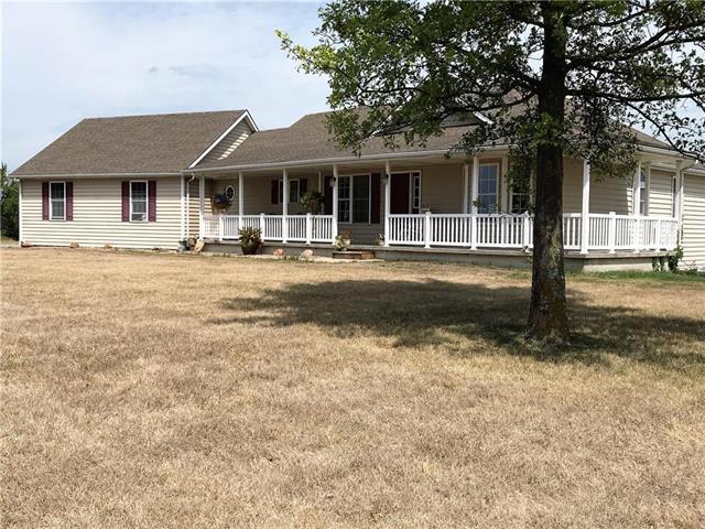 14319 SE Tait Park Drive, Braymer, MO 64624 (#2118535) :: Kansas City Homes
