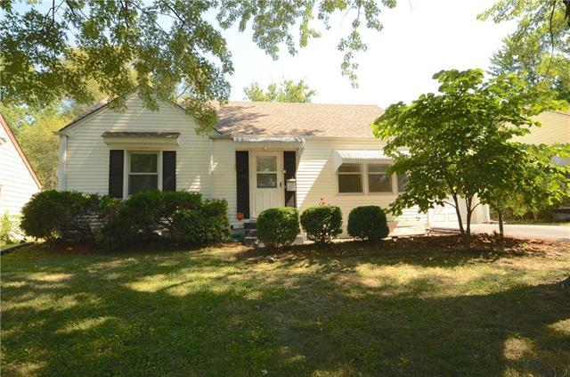 1412 W Scott Place, Independence, MO 64052 (#2118558) :: Edie Waters Network