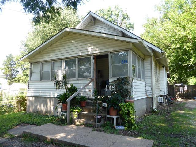 828 S Crysler Avenue, Independence, MO 64052 (#2118620) :: Edie Waters Network