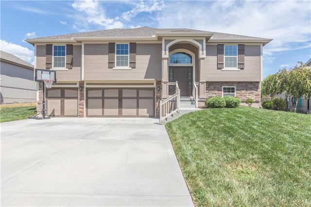 905 Chisam Road, Kearney, MO 64060 (#2118745) :: Dani Beyer Real Estate