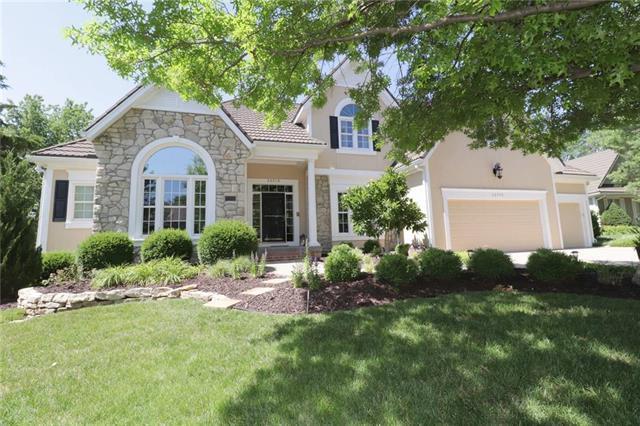 26570 W 109th Street, Olathe, KS 66061 (#2118799) :: Char MacCallum Real Estate Group