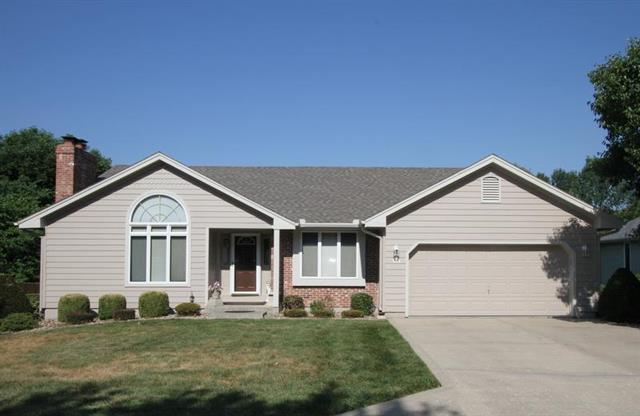508 Country Club Square Drive, Cameron, MO 64429 (#2118969) :: Edie Waters Network