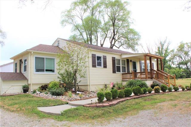 17212 State Route 33 Highway, Holt, MO 64048 (#2119196) :: Kansas City Homes