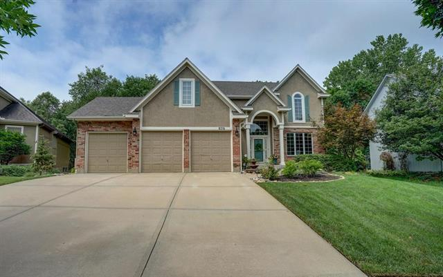 8516 Twilight Lane, Lenexa, KS 66219 (#2119203) :: Edie Waters Network