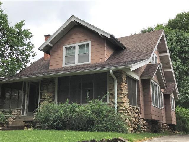 116 Huntington Road, Kansas City, MO 64113 (#2119404) :: Char MacCallum Real Estate Group