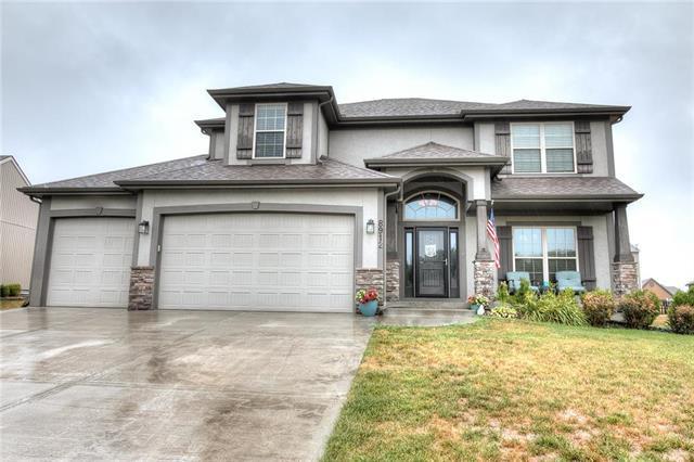 8912 N Mersington Avenue, Kansas City, MO 64156 (#2119407) :: Kansas City Homes