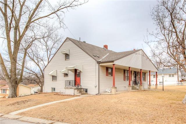 7844 N Main Street, Kansas City, MO 64118 (#2119440) :: Kansas City Homes