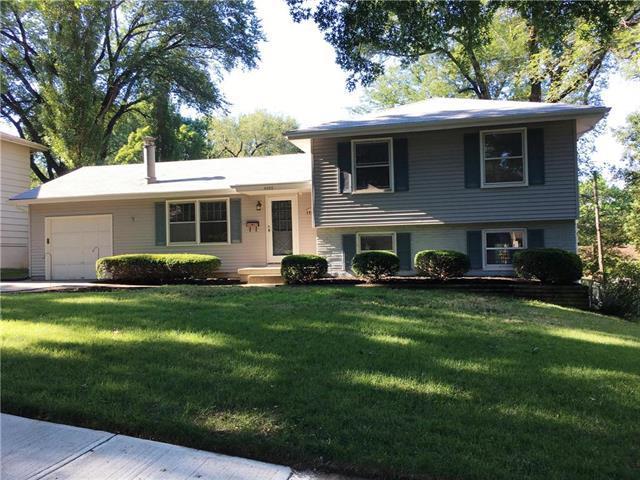 8903 W 71st Terrace, Merriam, KS 66204 (#2119538) :: Team Real Estate