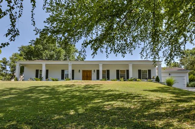 3110 NW Karen Road, Kansas City, MO 64151 (#2119543) :: Kansas City Homes