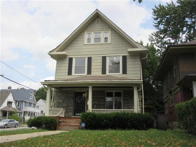 3301 Charlotte Street, Kansas City, MO 64109 (#2119555) :: Char MacCallum Real Estate Group