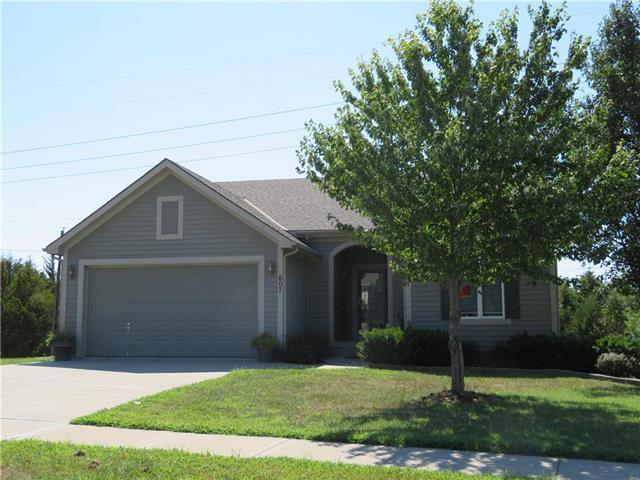 807 Cherokee Court, Paola, KS 66071 (#2119578) :: Char MacCallum Real Estate Group