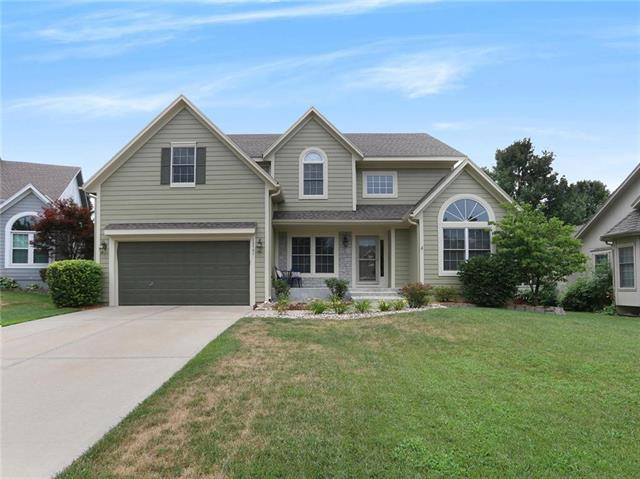 13731 W 158th Street, Olathe, KS 66062 (#2119613) :: Kansas City Homes
