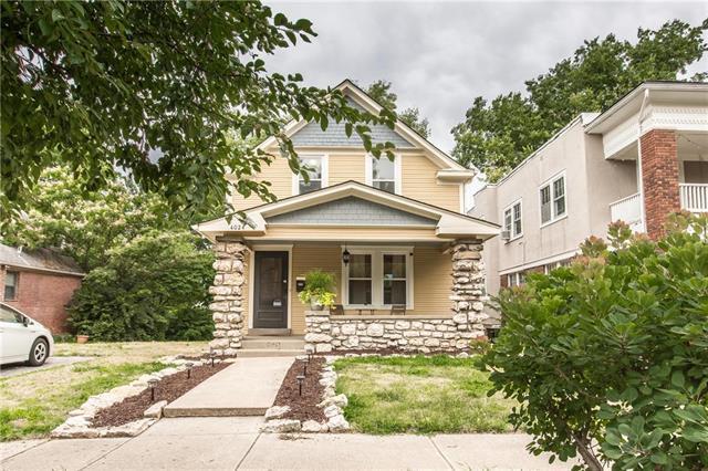 4024 Holmes Street, Kansas City, MO 64110 (#2119823) :: Char MacCallum Real Estate Group